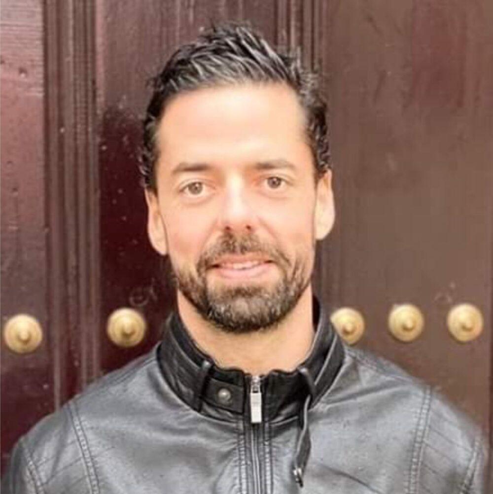 https://jesuscoaching.es/wp-content/uploads/2021/03/Foto-Edu-Munoz-90D-e1596390844894.jpg